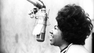 aretha franklin voce straordinaria